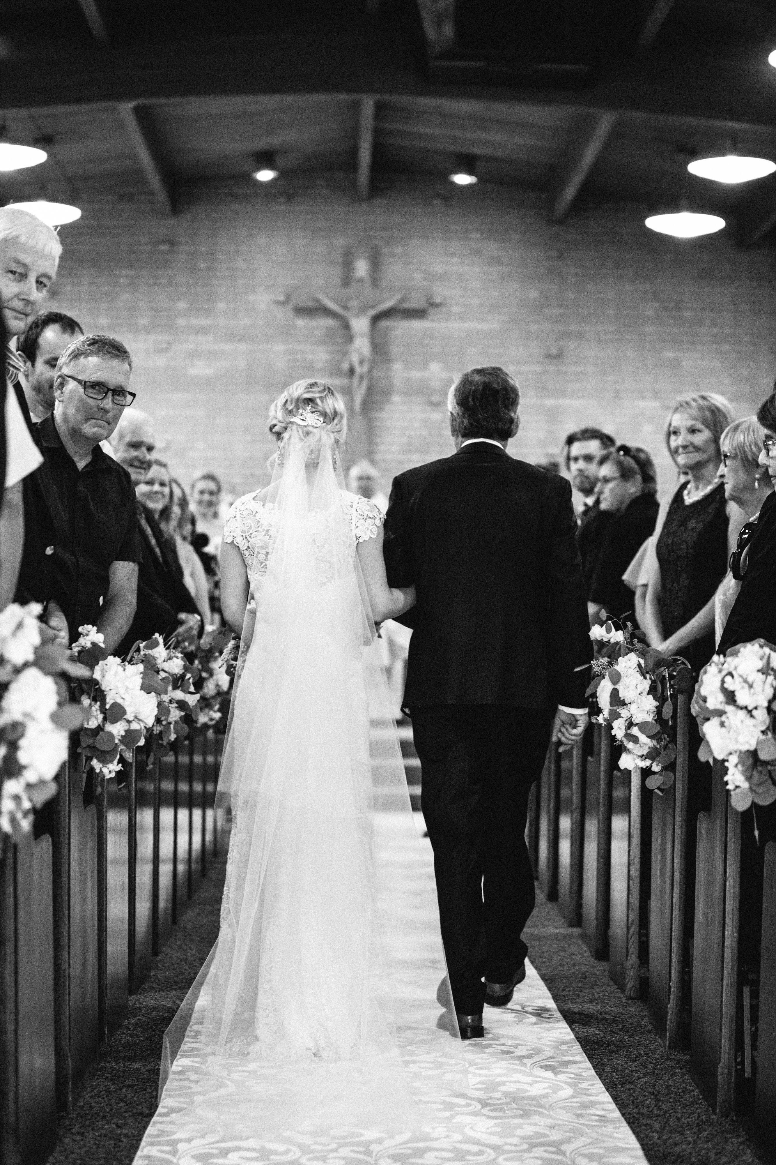 elegant resort wedding with Maine wedding photographer