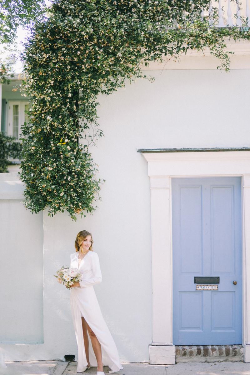 Charleston bridal portraits | Rainbow Row wedding photos | Charleston wedding photographer