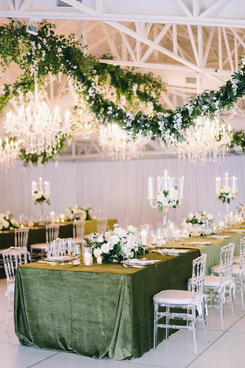 draping greenery at scottsdale wedding