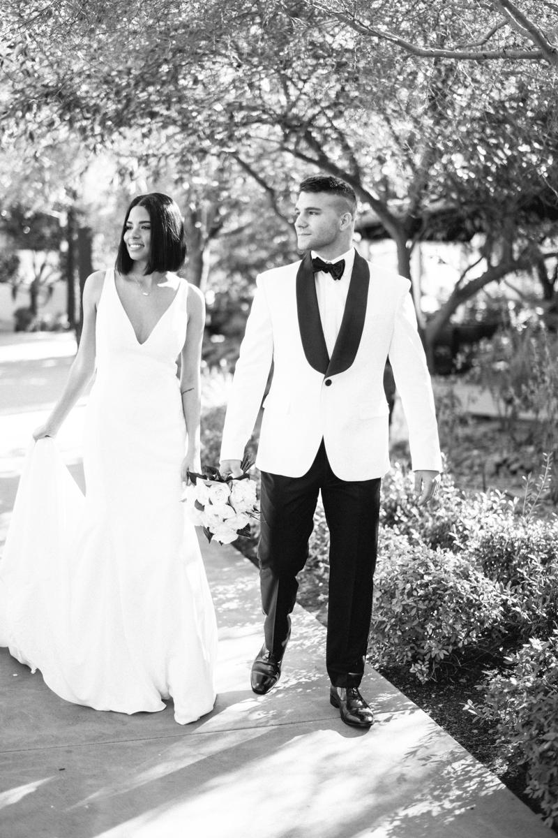 bride and groom portaits at el chorro wedding