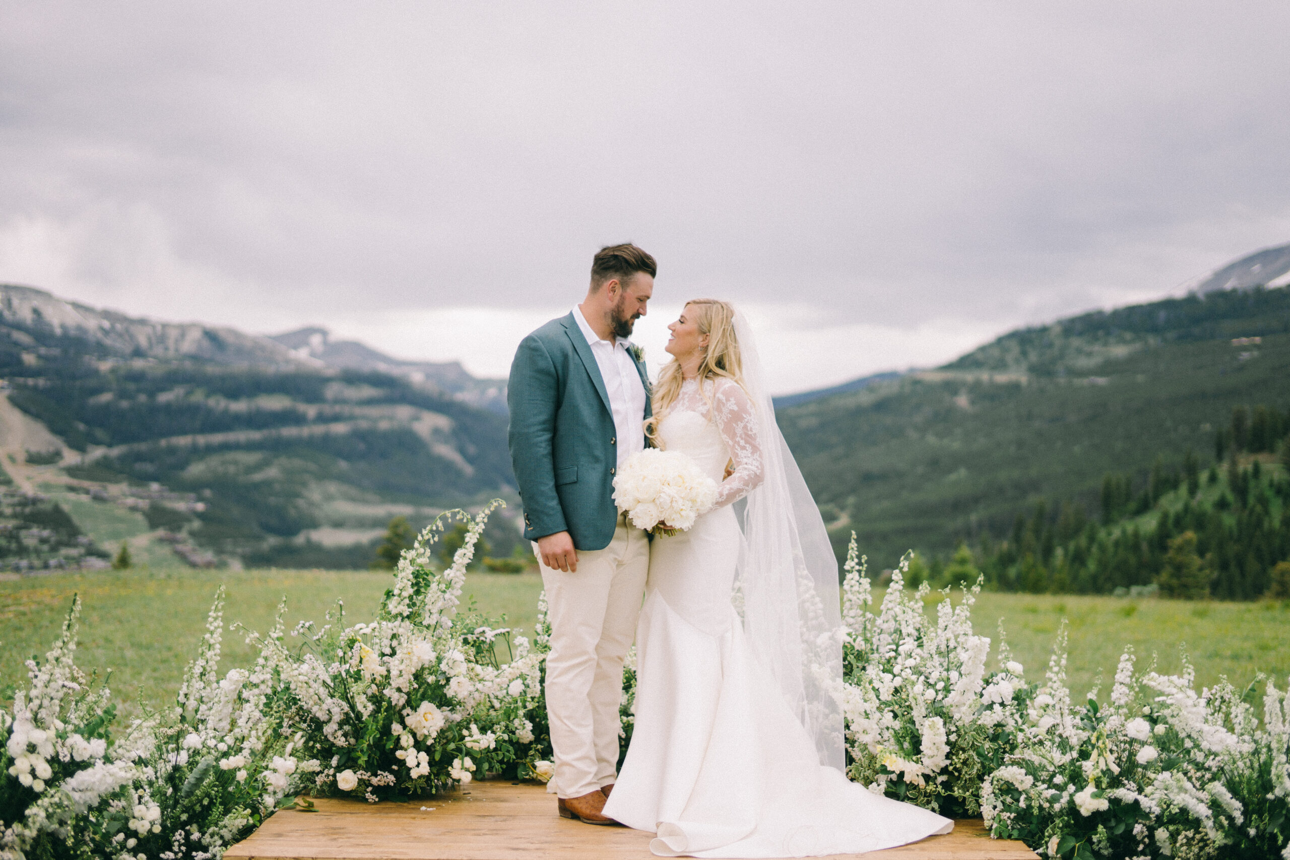 yellowstone club wedding in Montana