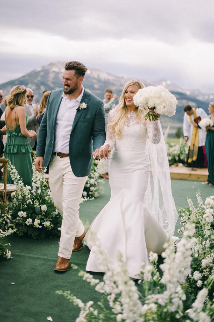 View More: https://jaimeemorse.pass.us/devinconnor-wedding