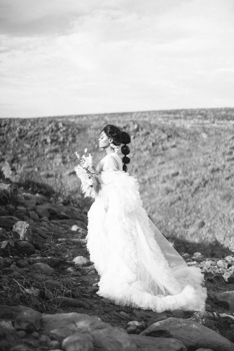 romantic edgy arizona editorial shoot