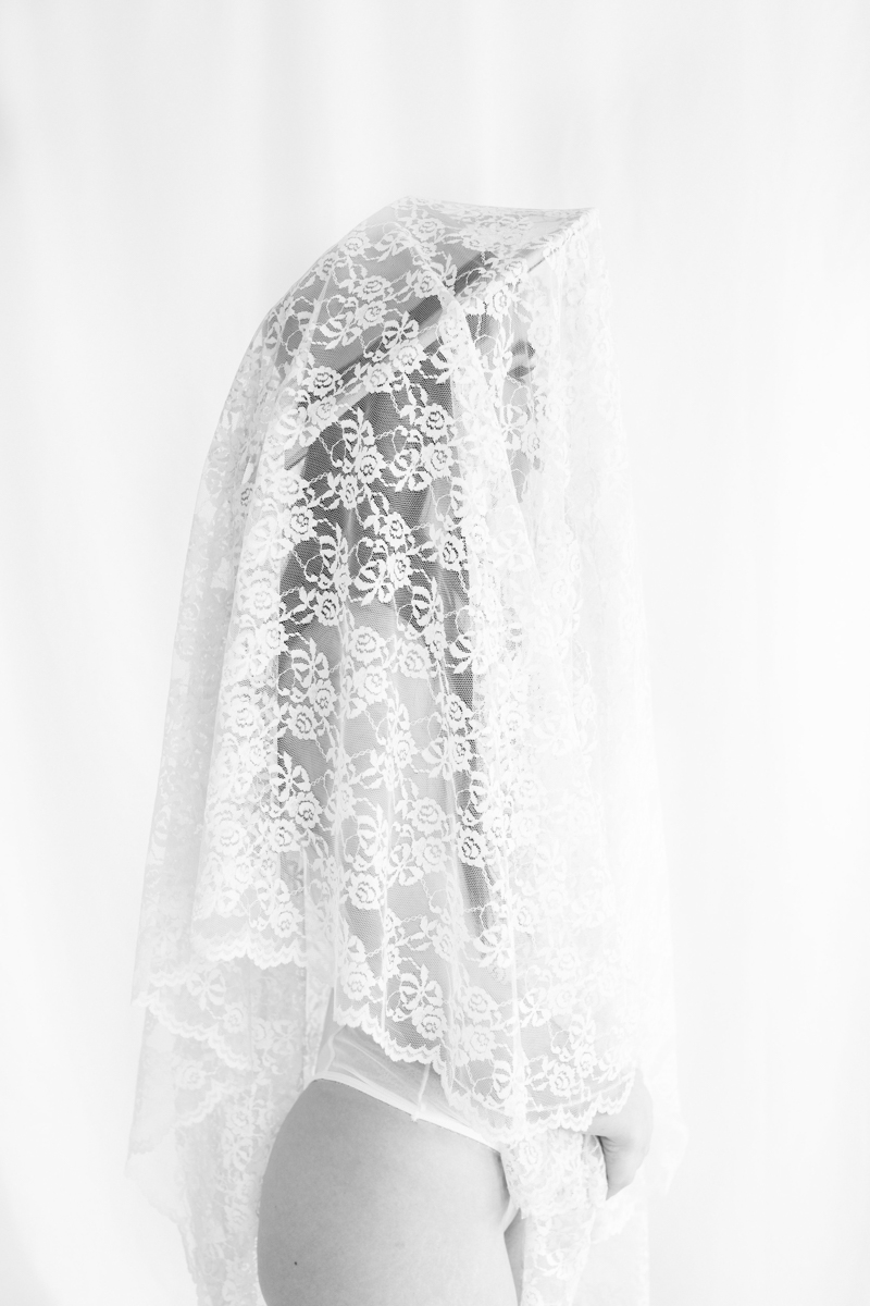 lace veil with hat