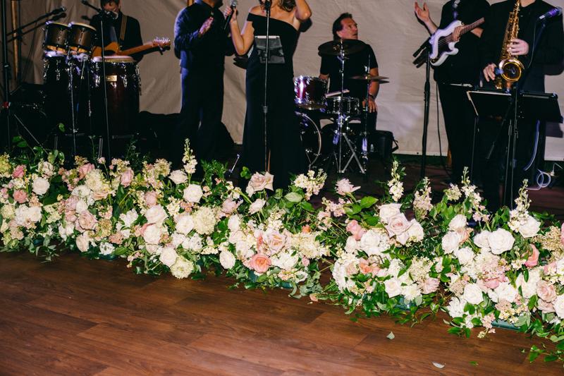 band decor