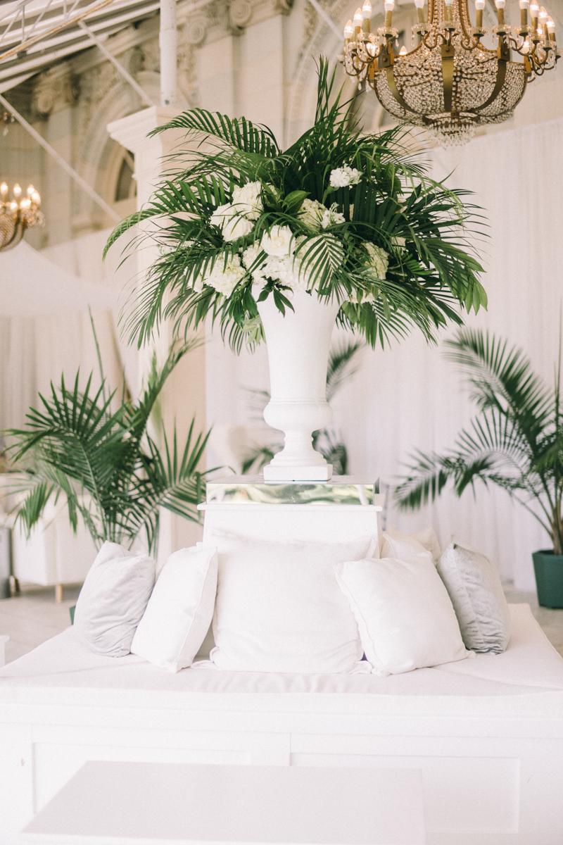tropical elegant wedding in newport